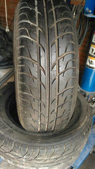 Neumático coche 205-65-15 94v