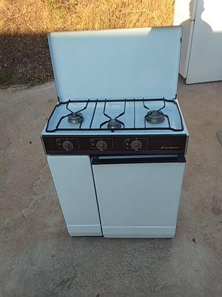 Cocina a gas Corberó 3 hornillas