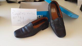 Zapatos elegantes. Talla 41