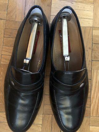 Zapatos negros talla 41