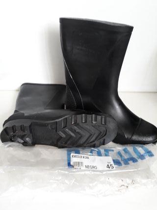 Botas de goma T45
