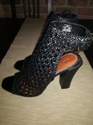 sandalias Zara