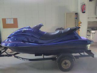 yamaha se lleva con titulin moto de agua