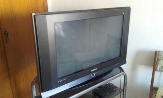 televisión 32''