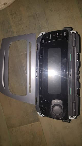 radio casete SEAT Leon 2010