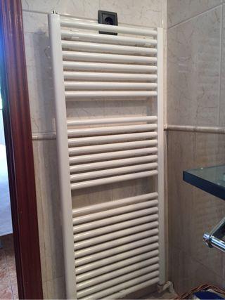 4 Radiadores de baño toalleros