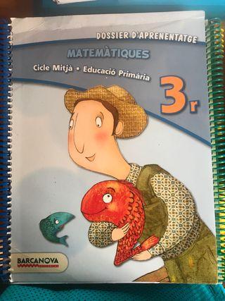 Libro de matemáticas 3r