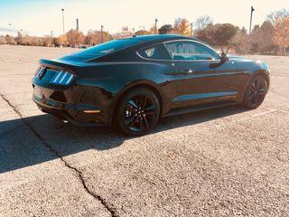 Ford Mustang 2017 Ecoboost (Recaro)