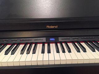 Piano electrico Roland HP504