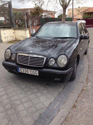 Mercedes-Benz Clase E 1999