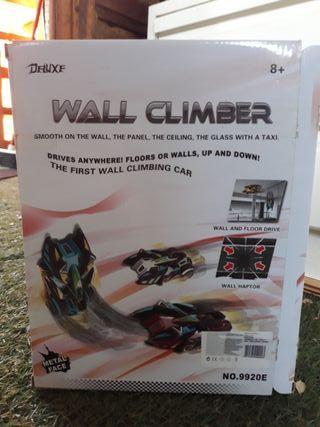 Wall Climber coche que sube por las paredes