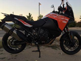 Moto KTM 1290 SUPER ADVENTURE