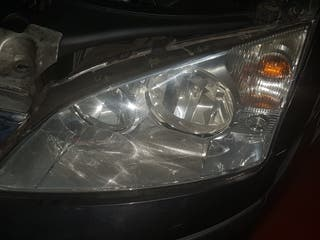 Faros delanteros y traseros Ford Mondeo 2006