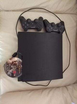 Consola Play station 3 + 2 mandos + God of war 3