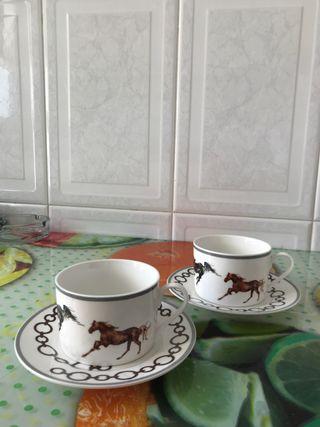 Tazas y platos café