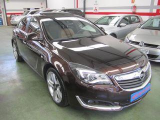 Opel Insignia BITURBO 195 AUTOM.LEVAS 4X4