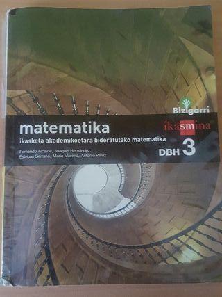 Libro de matemáticas DBH3