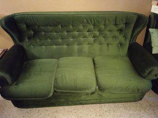 sofá de tres plazas + 2 sillones
