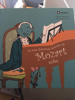 Dos Libros de Mozart infantiles