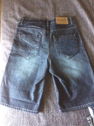 pantalon vaquero corto ecko