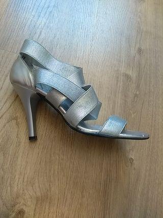 zapato tacón talla 37
