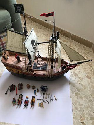 Playmobil enorme barco pirata 5135