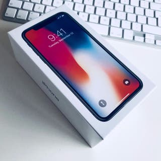 iPhone X - 64GB - Precintada