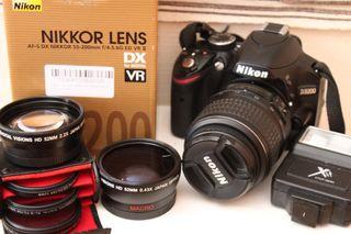 Nikon D3200+Nikkor 55-200mm y muchos accesorios