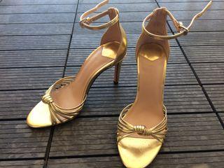 De En Dorados Por Sant Mano Segunda 20 Zapatos € Stradivarius Salón mOnvwy0N8