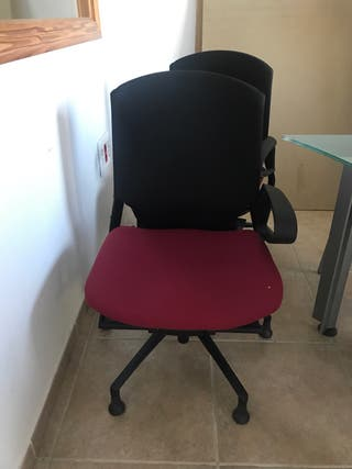 Silla oficina sin ruedas y con ruedas de segunda mano por 15 € en ...