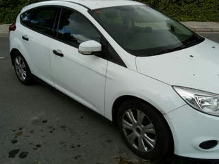Se vende Ford Focus 2012