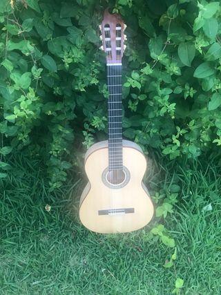 Guitarra de José Luis Mendez a la venta