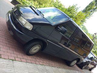 URGE/Volkswagen Multivan 2.5 TDI