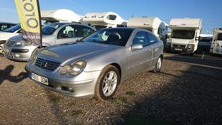 Mercedes-Benz coupe, Clase C, 2004, diesel 2800€