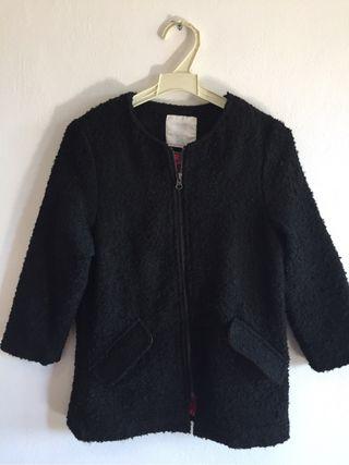 Abrigo negro 5/6 años