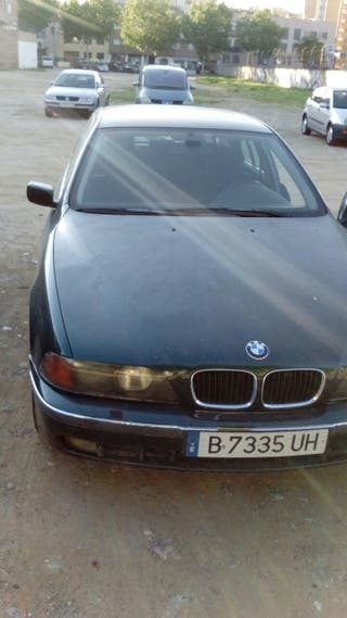 BMW Serie 5 525 modelo 1999 diesel automático