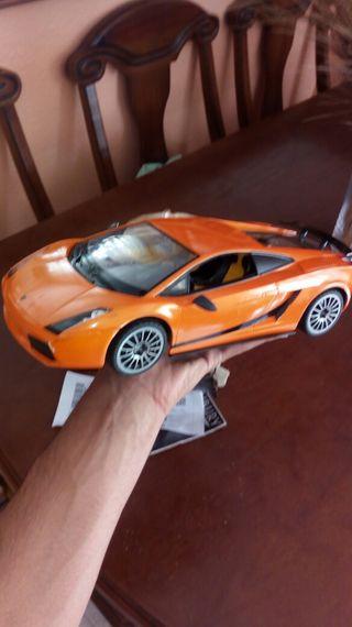 Lamborghini Gallardo 2015 teledirijido