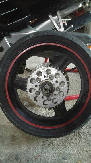 rueda cbr 1000f