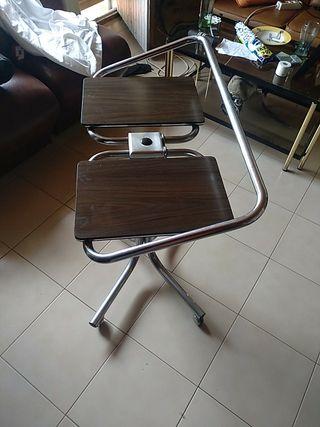 mesa para Mini china y radio y .........