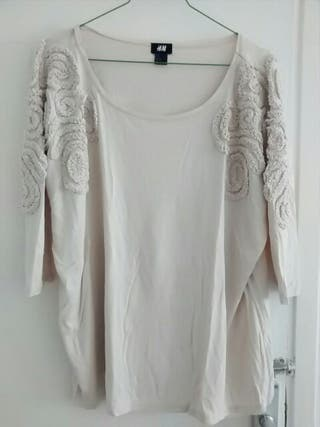 Camiseta HyM ancha color nude