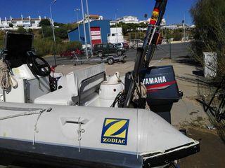 Zodiac 4metros con motor Yamaha de 30cv 2tiempo