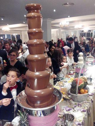 Fuente de chocolate industrial nueva 7pisos 8kg