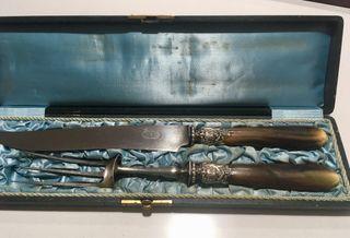 Antigüedades cubiertos de trinchar