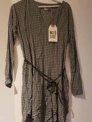 blusa larga nueva con etiqueta