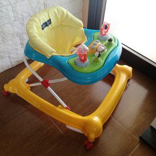 correpasillos andadora bebé