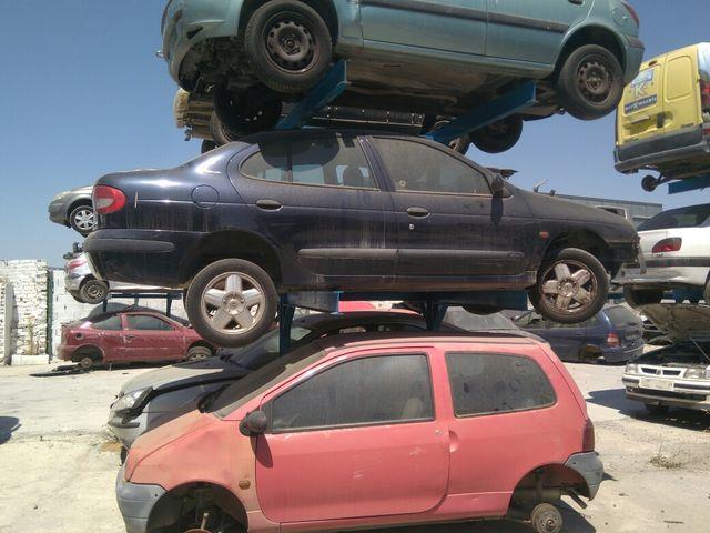 Renault Megane para despiece lláme al 660138727