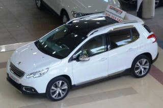 Peugeot 2008 2008 Allure 1.6 eHDi 115 5p