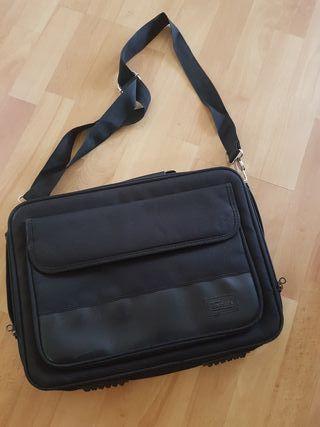 maleta portatil