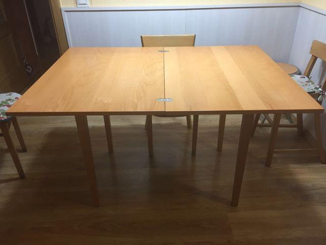 Mesa y 4 sillas madera cocina/comedor ULTIMOS DIAS de segunda mano ...