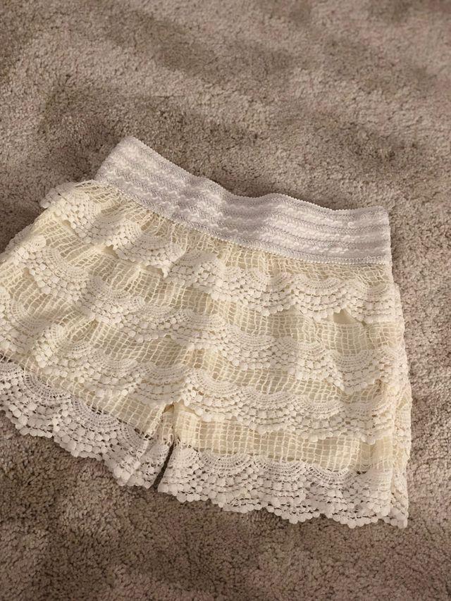 Pantalon encaje